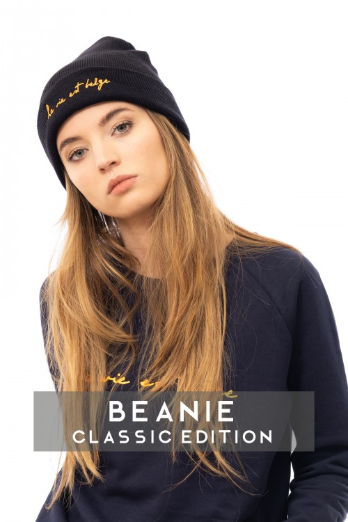 Classic navy beanie